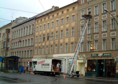 Umzugs-Lkw + Möbellift